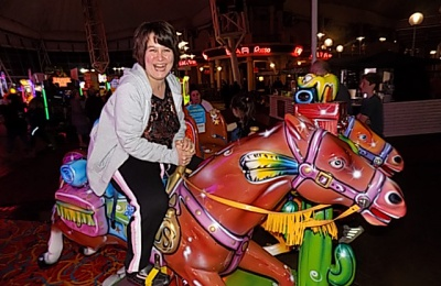 Diagrama Foundation: One of the Cabrini House residents enjoys the fairground rides during their holiday to Butlins