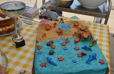 Diagrama Foundation: Edensor's award-winning seaside cake