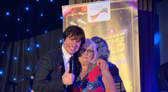 Edensor activity co-ordinator Taryna Ansell at the awards with comedian Steve Walls